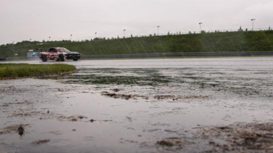 Drift bei Regen TJ - Imports
