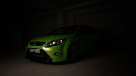 Ford Focus RS Night Shooting