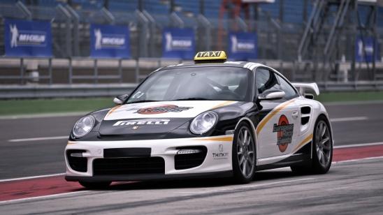 Porsche Renntaxi