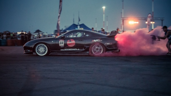Night Driftshow auf der Drift Area - Toyota Supra